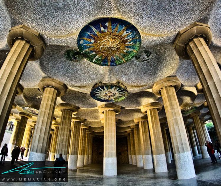 سبک معماری آنتونیو گائودی