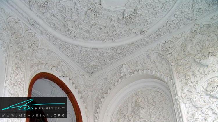 گچ بری از تزیینات ایرانی در معماری