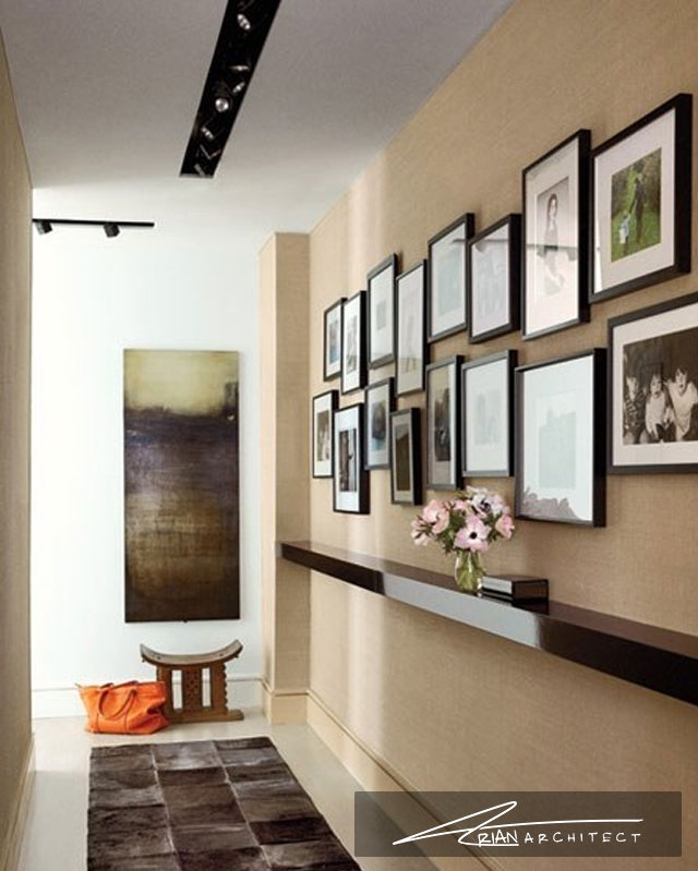 گالری تصاویر در ورودی تالار و منازل