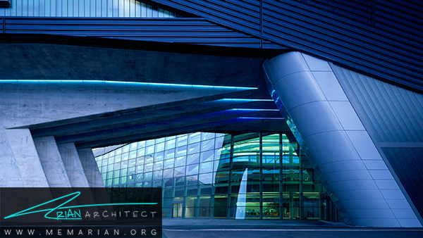 ساختمان مرکزی BMW از آثار زاها حدید