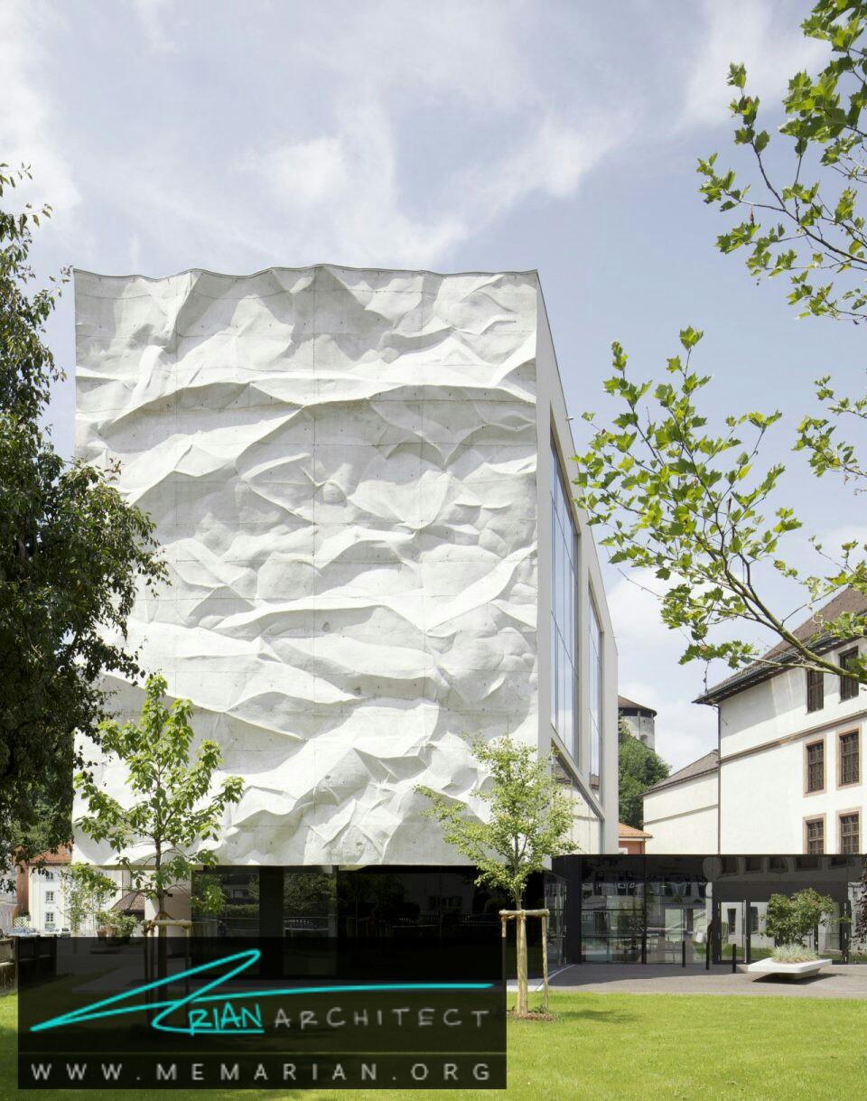 بافت چسبیده: معماری دبیرستان - سازه بتنی