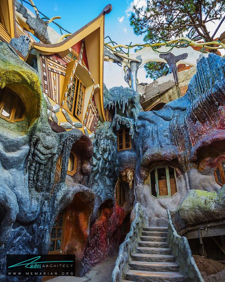 مهمانخانه هانگ نگا - راهنماهای سفر به مکان هایی با بهترین آثار معماری جهان