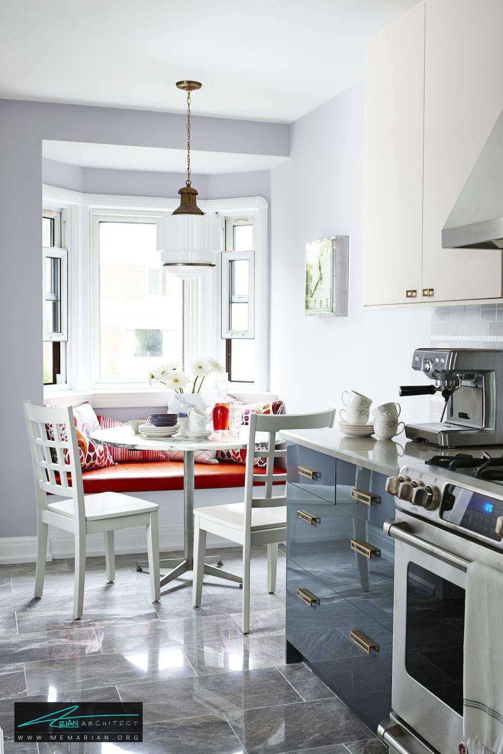 میز غذاخوری چسبیده به پنجره - 20 ایده جذاب برای چیدمان دکوراسیون آشپزخانه