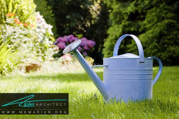 نحوه ی آبیاری گیاه در باغچه - طراحی باغچه ارگانیک در حیاط خانه