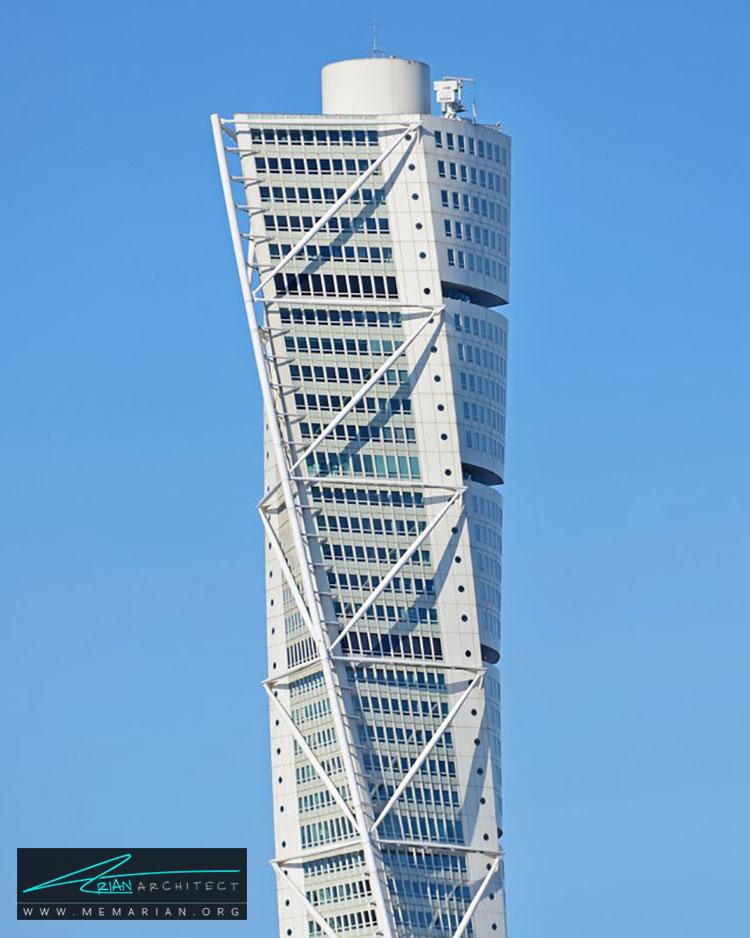 برج ترنينگ تورسو - راهنماهای سفر به مکان هایی با بهترین آثار معماری جهان