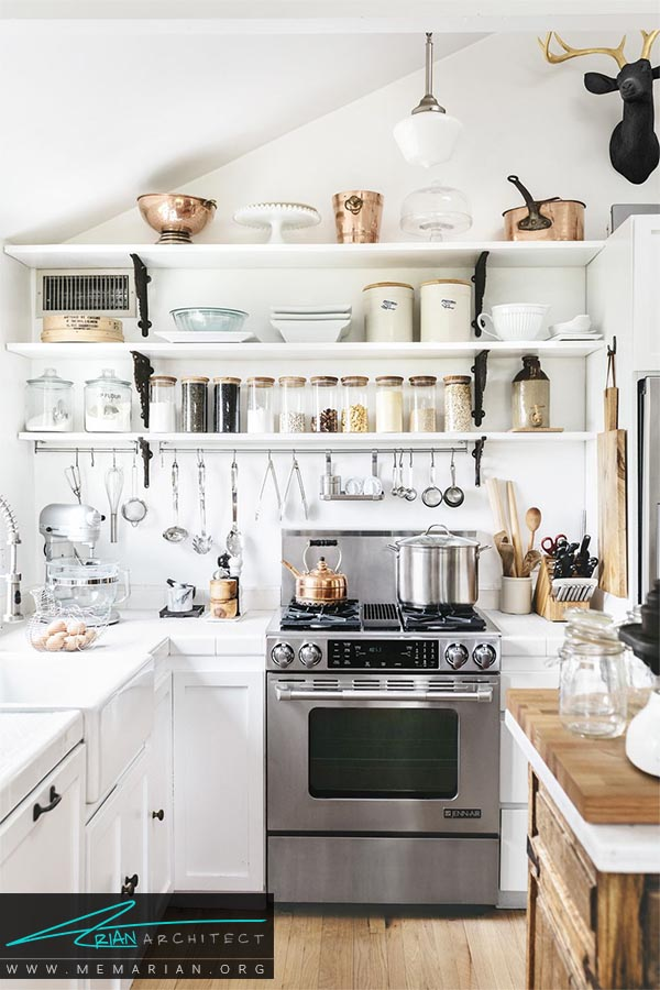 قفسه بندی باز - دکوراسیون رنگ سفید در آشپزخانه