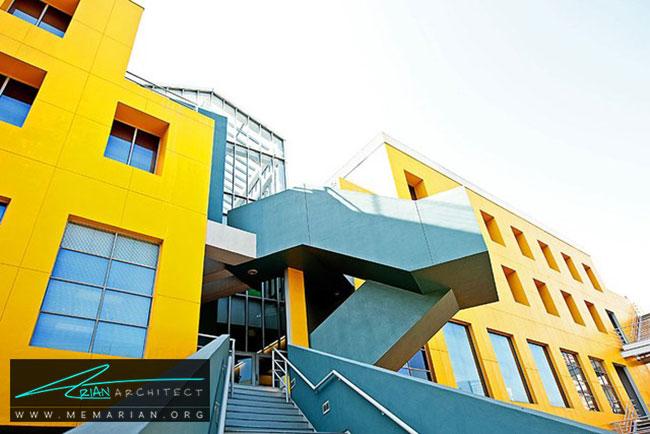 دانشکده حقوق لویولا، معماری فرانک گری - 30 ساختمان دیدنی طراحی شده توسط فرانک گری