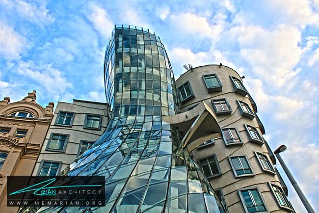 خانه رقص پراگ، معماری فرانک گری - 30 ساختمان دیدنی طراحی شده توسط فرانک گری