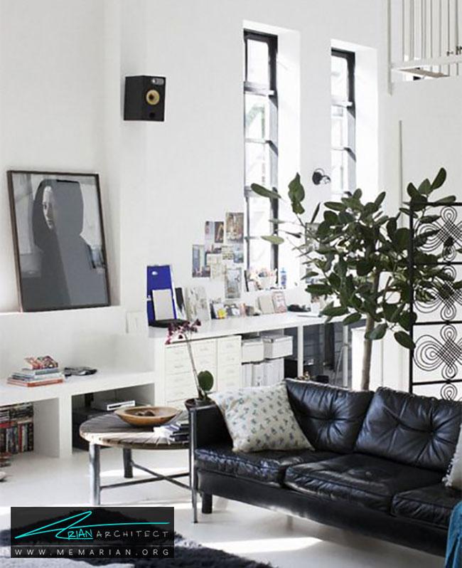 دکوراسیون روشن با مبل چرمی سیاه - چگونگی دکوراسیون یک اتاق نشیمن با مبل چرم سیاه
