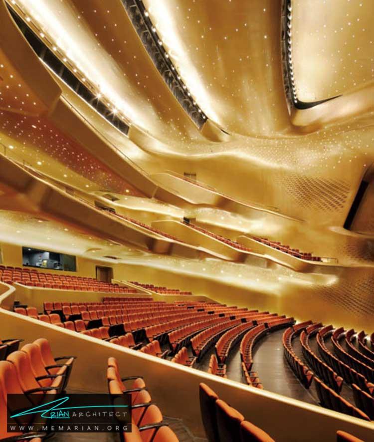 سالن اپرای گوانجو در چین - 10 نمونه از بهترین ساختمان های طراحی شده توسط معماران برتر