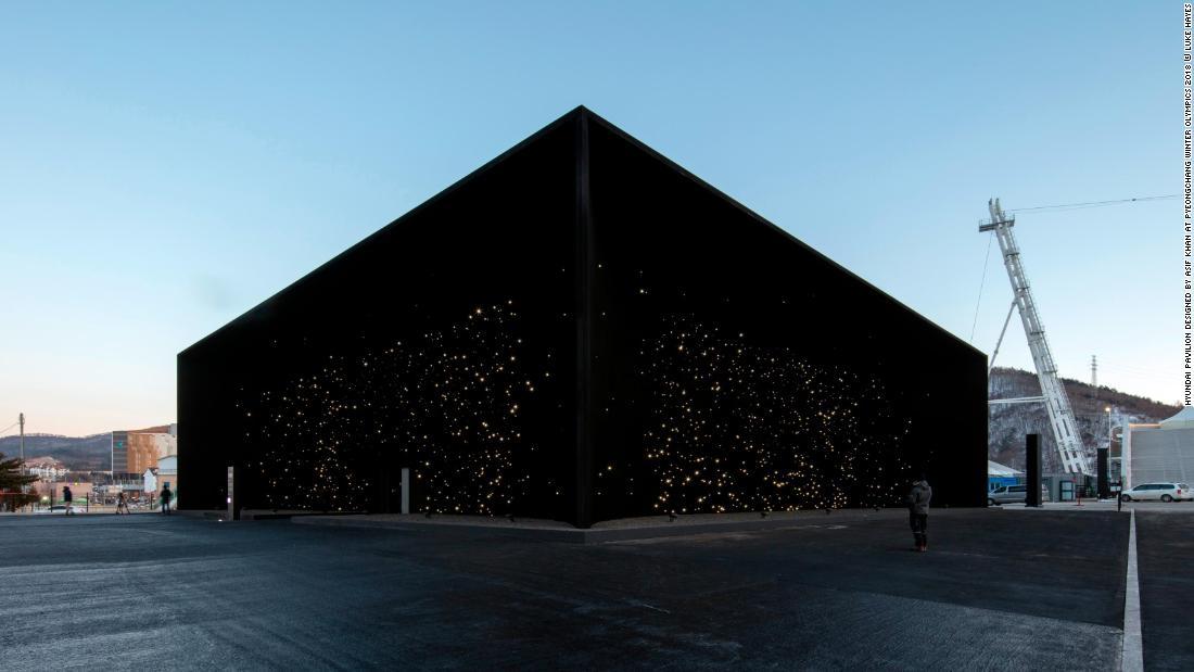 معماری 15 ساختمان با نمای خارجی سیاه
