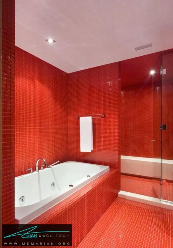 معماری حمام یکنواخت قرمز جذاب -معماری دستشویی و حمام رنگارنگ