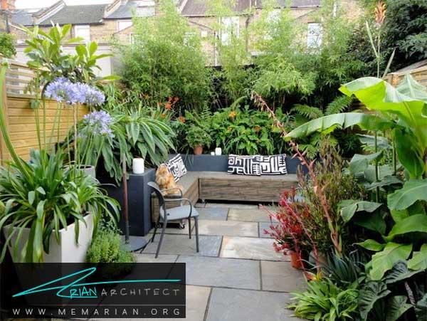 باغچه ای با گیاهان بزرگ - طراحی باغچه حیاط