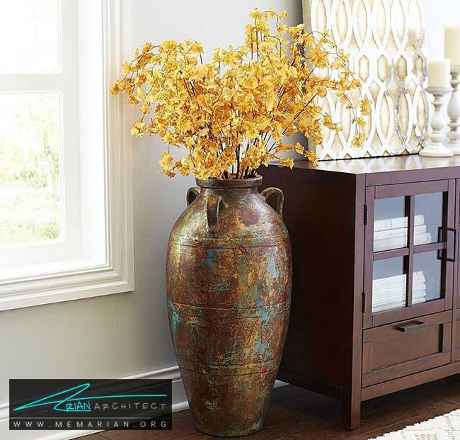 گلدان ها در کنار آثار هنری - چگونگی استفاده از گلدان برای دکوراسیون داخلی