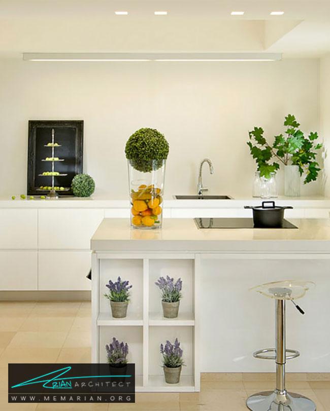 گلدان بر روی جزیره آشپزخانه - چگونگی استفاده از گلدان برای دکوراسیون داخلی