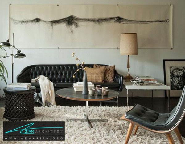 دکوراسیون مبل چرم سیاه و رنگ های خنثی - چگونگی دکوراسیون یک اتاق نشیمن با مبل چرم سیاه
