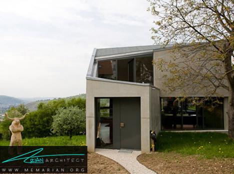 خانه بتنی با دیواره های شیشه ای - معماری خانه با فضای باز