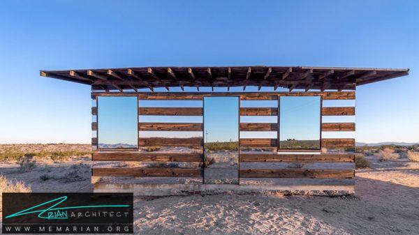 چوب های معلق در صحرا- خطای دید در معماری
