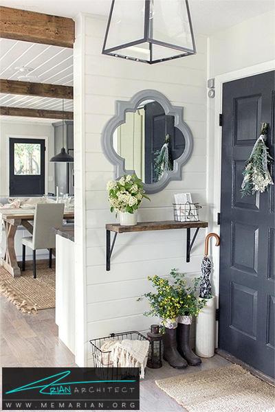 نصب یک نگهدارنده برای نگهداری البسه و کلید ها -دکوراسیون ورودی خانه