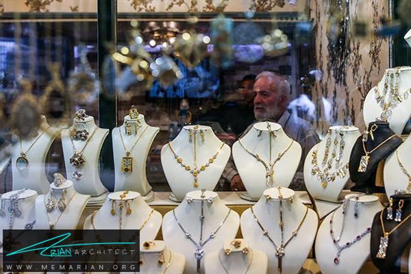طراحی اختصاصی دکوراسیون جواهر فروشی (2)