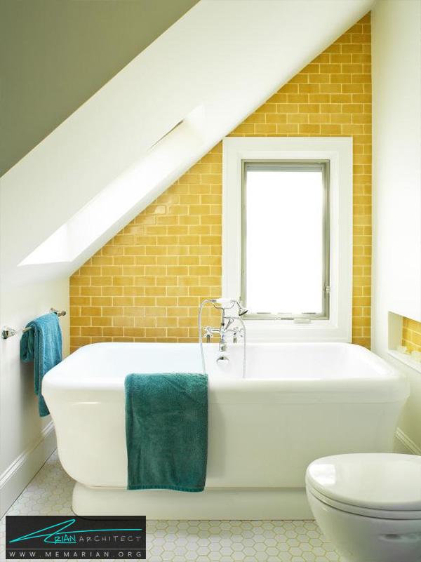 دکوراسیون زرد رنگ برای حمام با سقف شیروانی -دکوراسیون حمام 2018