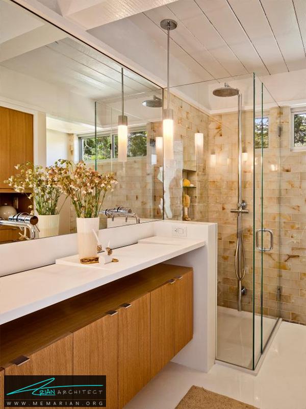 حمام شیک و لاکچری با اتاق دوش شیشه ای و ملزومات مدرن -تزیین دکوراسیون حمام