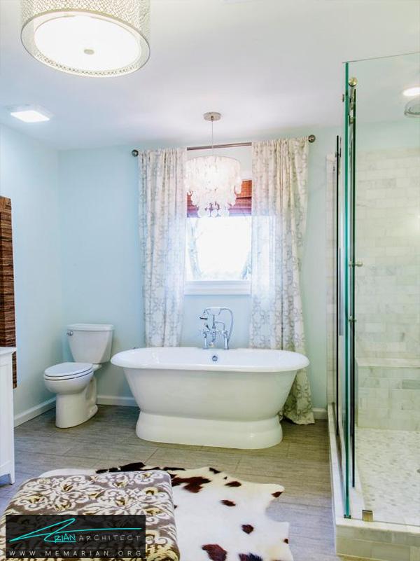 حمام آبی روشن با اتاقک دوش جداگانه -دکوراسیون حمام لوکس و جدید