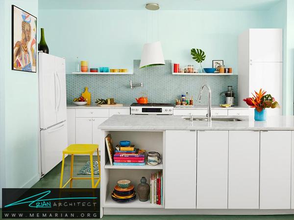 آشپزخانه چند رنگ با کابینت سفید -دکوراسیون آشپزخانه شیک