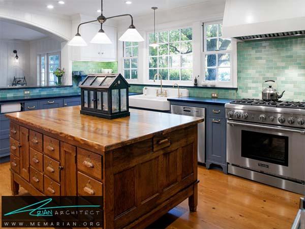 میز چوبی بزرگ و جادار - دکوراسیون میز جزیره آشپزخانه