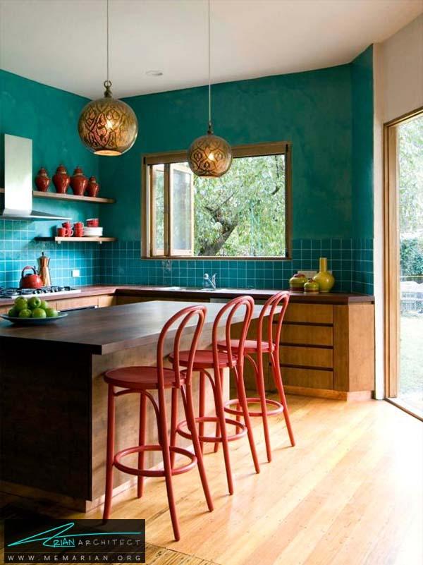 ترکیب رنگ قرمز و سبز فسفری - ترکیب رنگ متفاوت