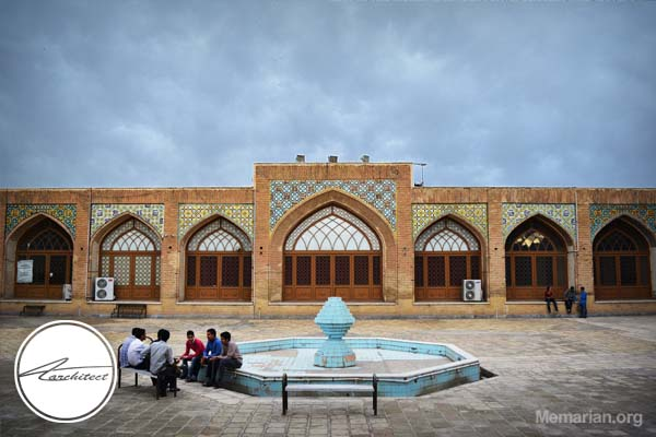 معماری مسجد جامع قم در قم -معماری بناهای تاریخی ایران