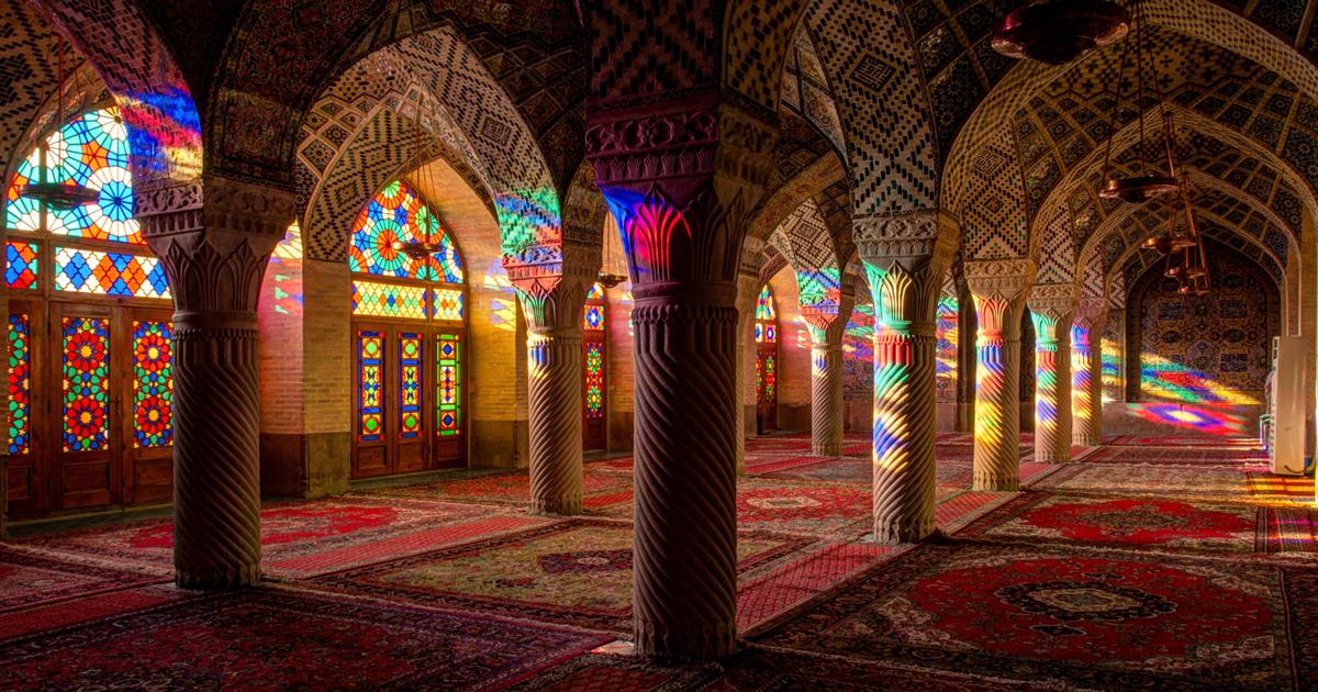 بررسی 10 نمونه از معماری بناهای تاریخی ایران