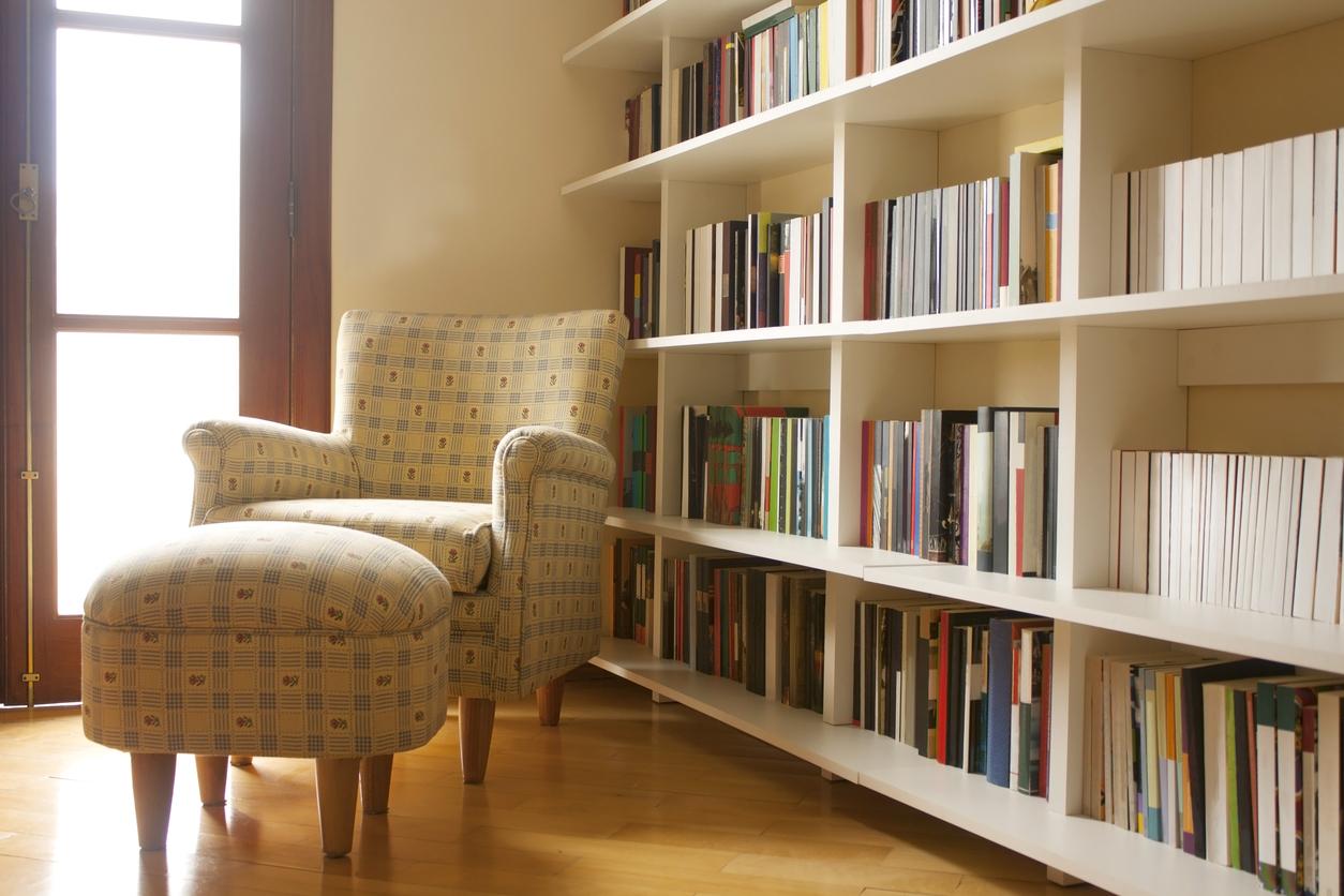 6 ایده جذاب برای تزئین دکوراسیون با کمک کتاب ها
