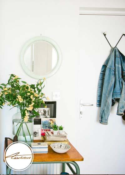 قرار دادن یک میز مناسب و زیبا در ورودی خانه-سازماندهی ورودی خانه
