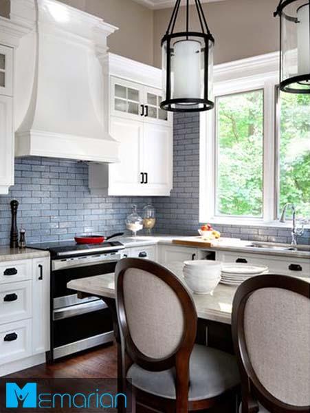 رنگ بندی متضاد با پس زمینه-کابینت در دکوراسیون آشپزخانه