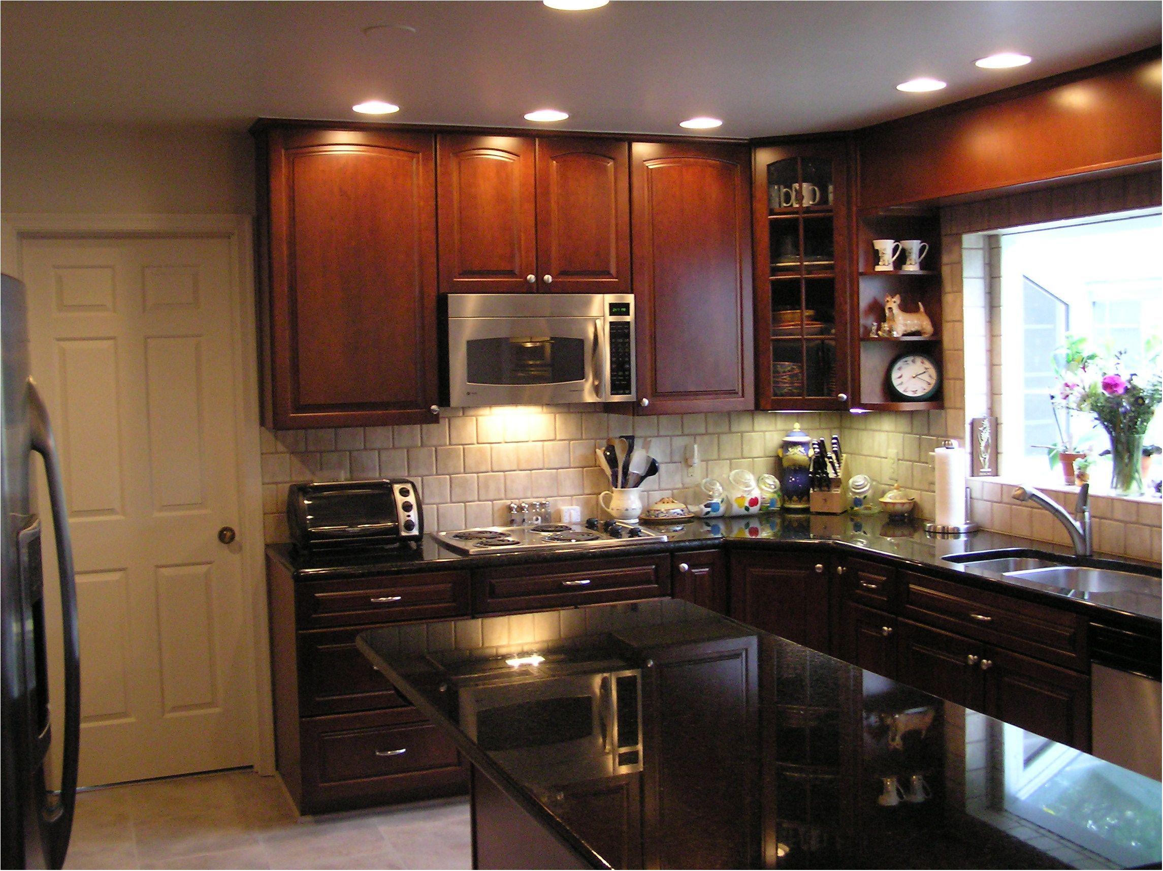 استفاده از کابینت در دکوراسیون آشپزخانه مدرن