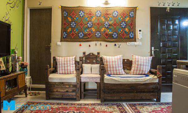 استفاده از تخت سنتی در اتاق پذیرایی ایرانی