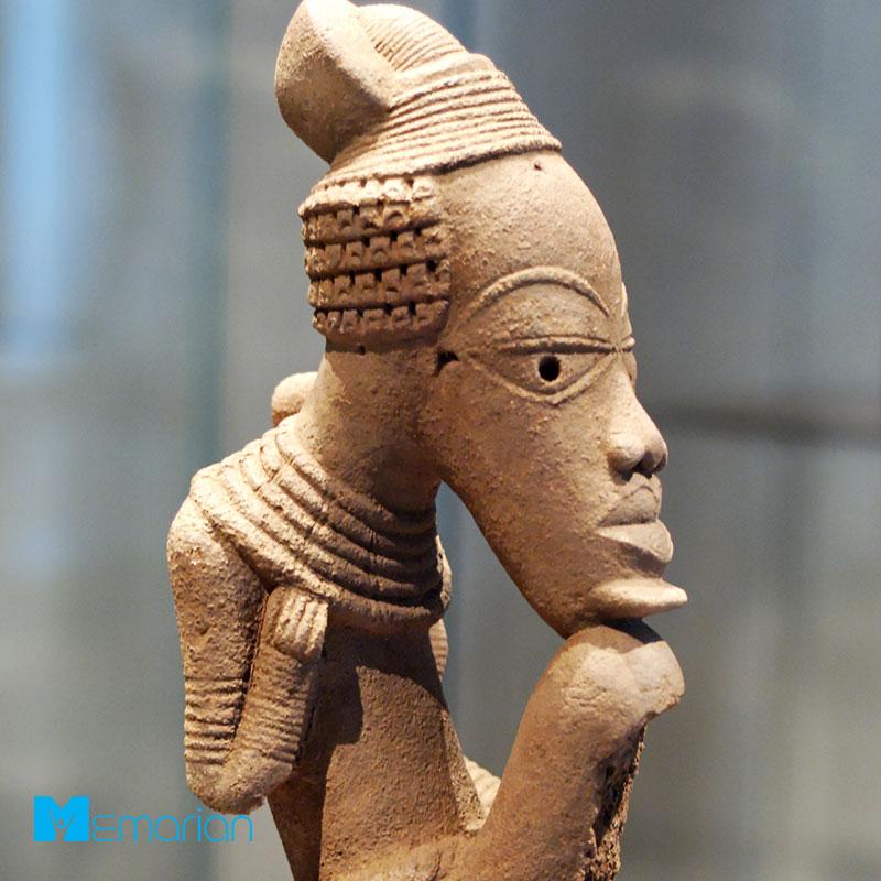 ساخت مجسمه گلی در دوران باستان