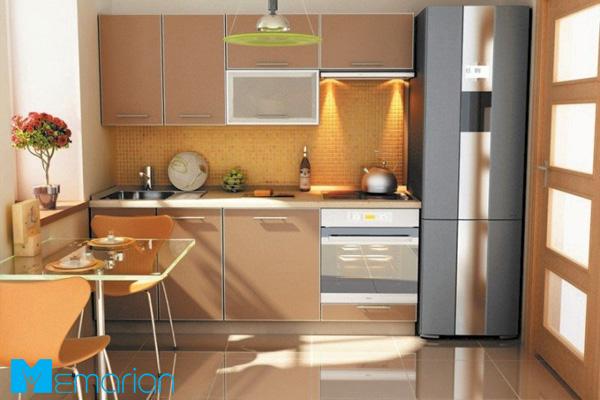 کابینت ساده چوبی در آشپزخانه