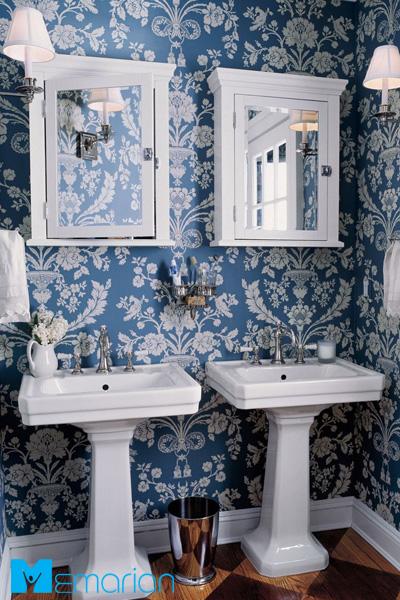 کاغذ دیواری طرح آبی و سفید سنتی