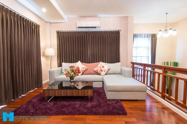 طراحی داخلی خانه کوچک با پارکت چوبی