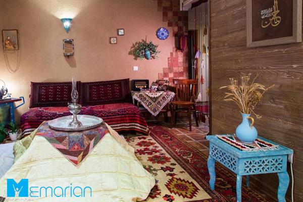 در یک دکوراسیون خانه سنتی چه ملزوماتی استفاده می شود؟