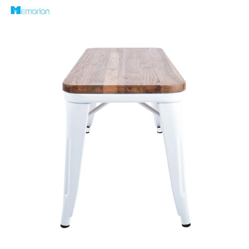 از صندلی فلزی و چوبی کد MB200 در چه مکان هایی استفاده می شود؟
