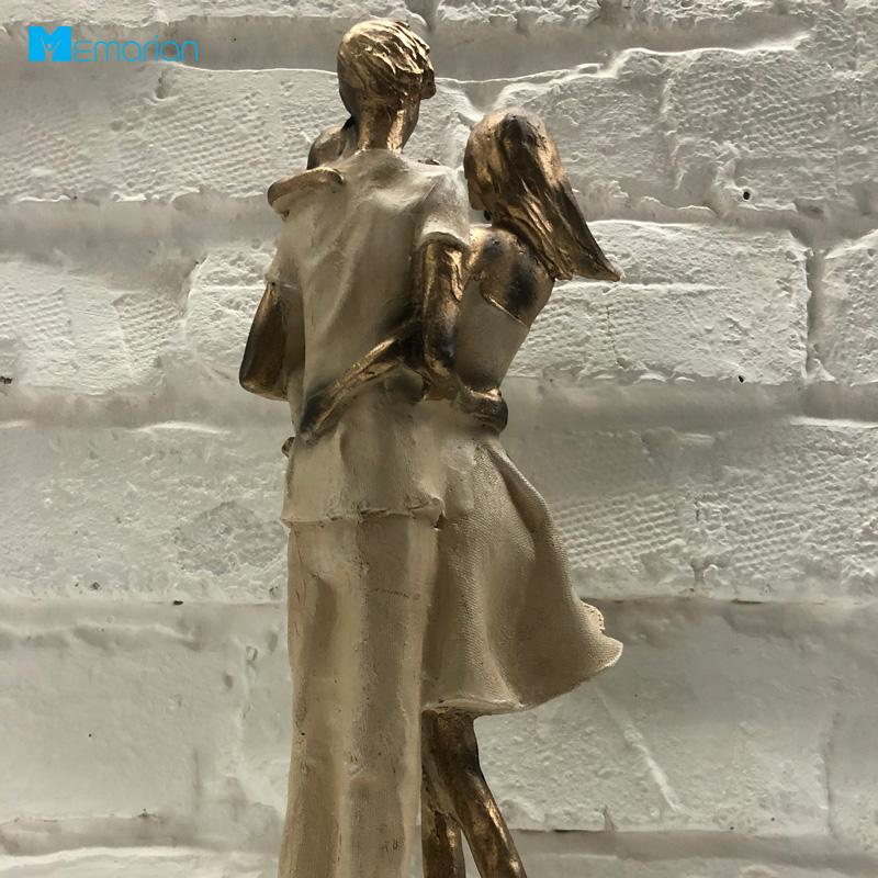 مجسمه تزئینی و دکوری
